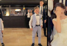 Broers en zussen dansen voor de bruid - maar de bewegingen van kleine broer trekken alle aandacht