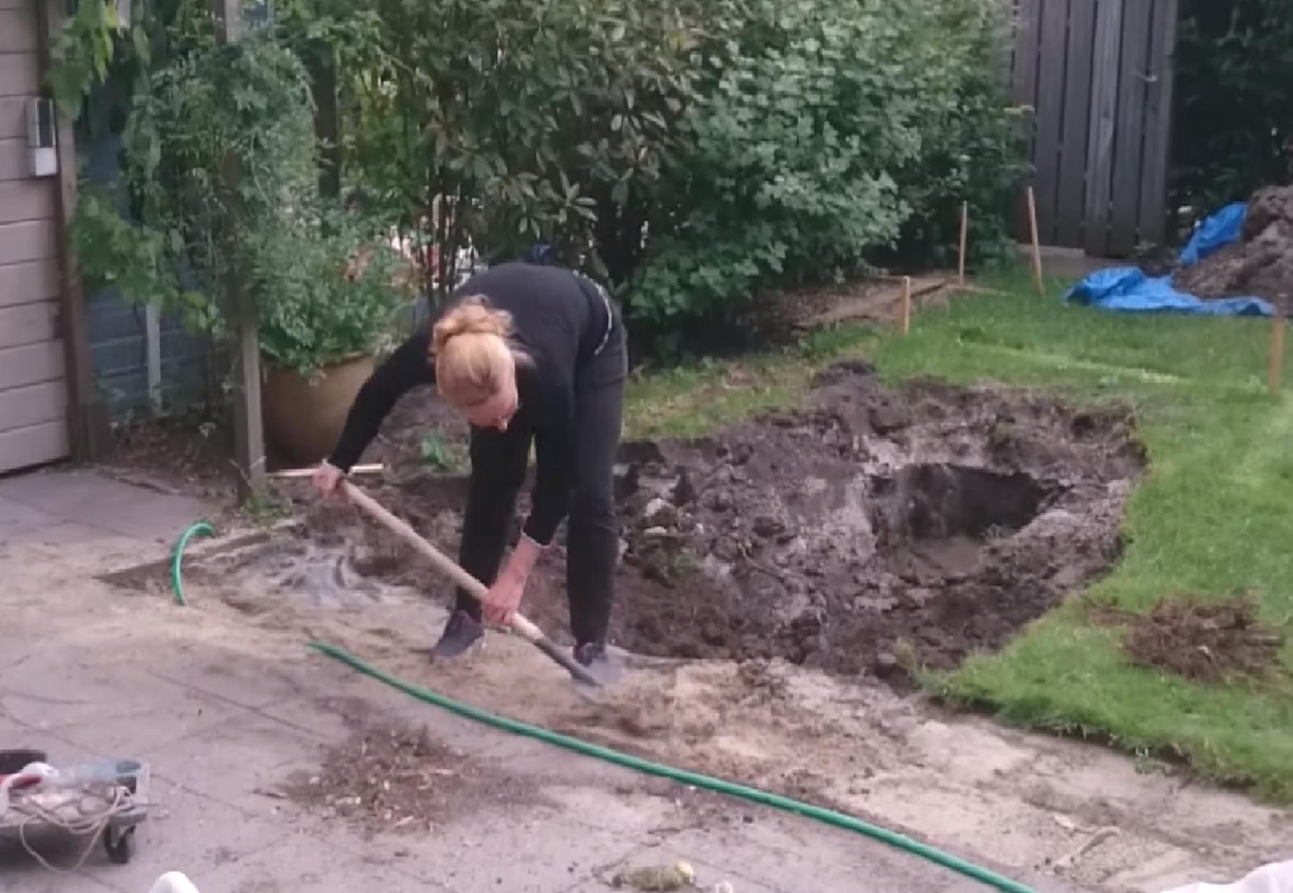 Dé oplossing tijdens de hittegolf? Nicole uit Duivendrecht bouwt haar eigen zwembad