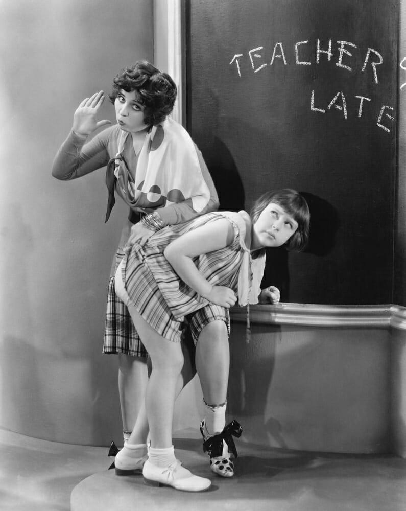 lerares geeft billenkoek