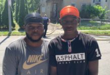 Jonge helden rennen huis in om gezin van 5 te redden - laten we hen prijzen voor hun acties