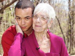 Ontmoet 31-jarige man die 'extreem verliefd' is op 91-jarige vriendin en ze hebben rare fetisjen