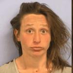 """Vrouw gearresteerd voor masturberen in het openbaar """"Met benen in de lucht en gespreid"""""""