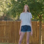 Tiener werd gepest na reeks drastische groeispurten, nu heeft ze de langste benen ter wereld