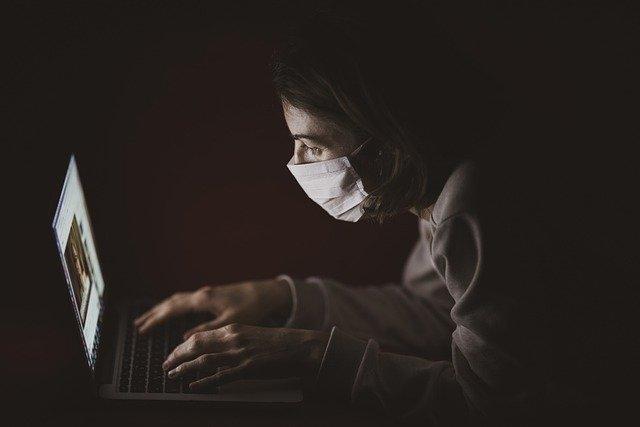 Harvard Wetenschappers: Elk kwartaal een lockdown tot 2022 om virus te controleren