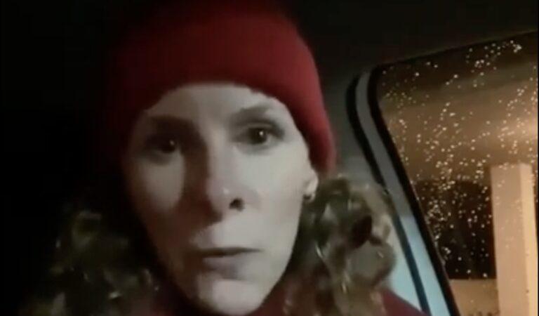 "Karin is woest na avondklok-rechtzaak en schreeuwt hele buurt bij elkaar: ""F*k jullie!"""